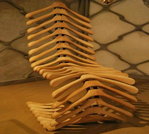 kursi daur ulang hanger bekas