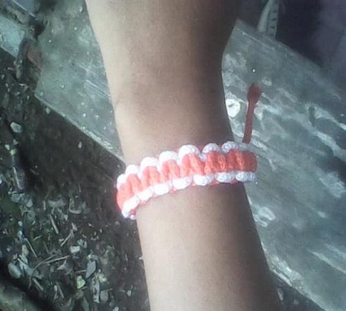 gelang dari tali kur