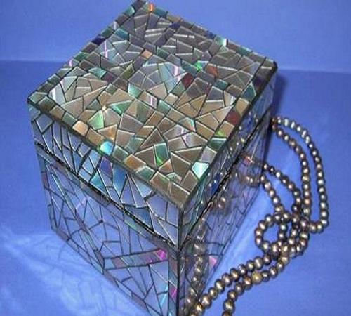 Kotak-perhiasan-CD-Bekas