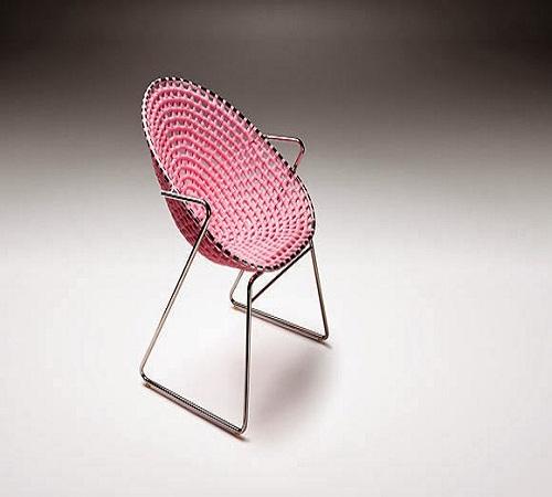 kursi dari plastik kresek