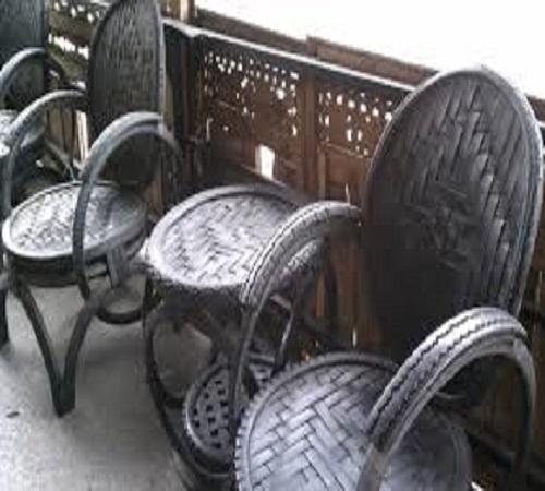 kursi dan meja ban bekas