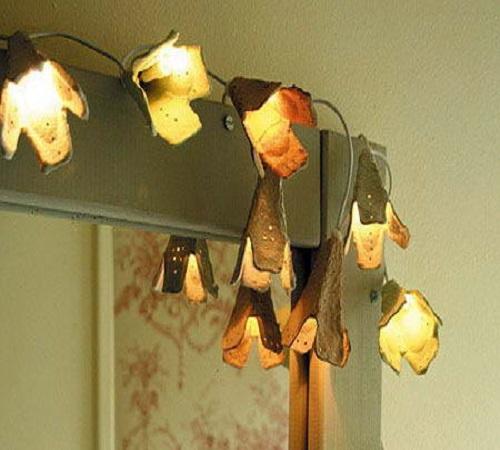 lampu hias bentuk bunga dari karton wadah telur