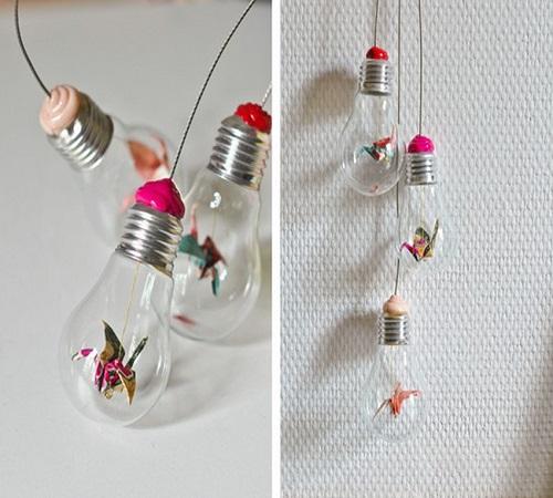 14 Ide Kreatif Kerajinan dari Lampu Bohlam Bekas 8
