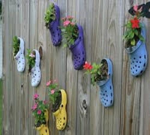 pot bunga dari sandal bekas