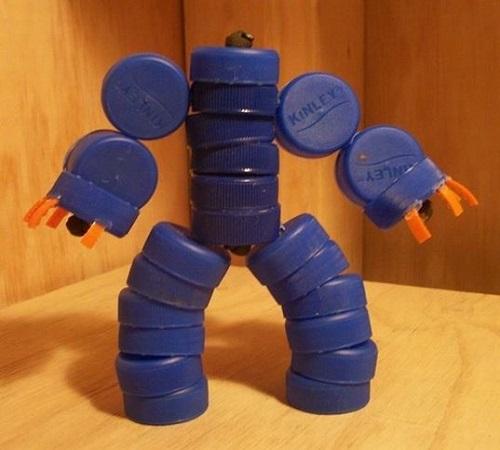 Kreasi Unik Mainan Anak Robot-Robotan dari Tutup Botol Bekas