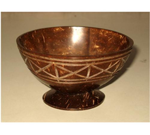 membuat mangkuk dari batok kelapa