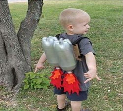Mainan Roket untuk Anak dari Botol Plastik Bekas