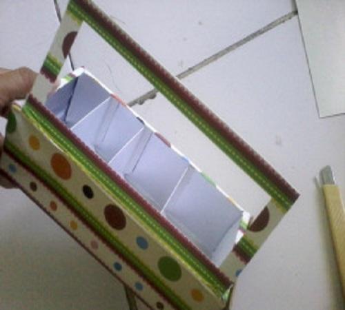 Membuat Lemari Boneka dari Kotak atau Karton Bekas Susu 3