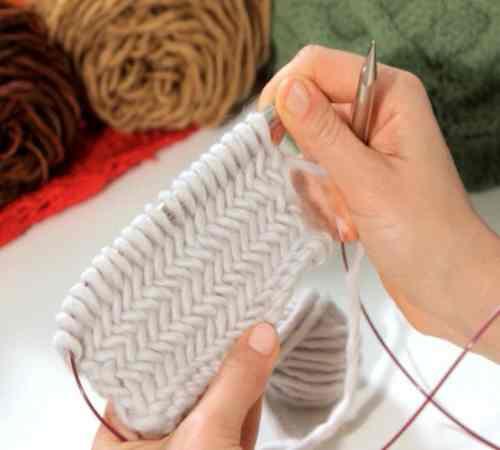 Contoh Motif Rajutan Herringbone Stitch