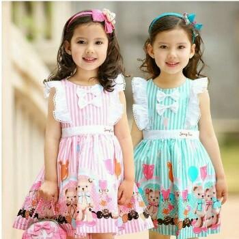 Berbagai model baju anak perempuan