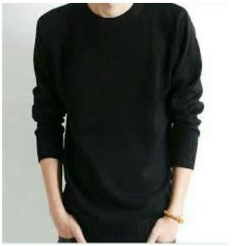 Gaya Stylish Pria Menggunakan Sweater